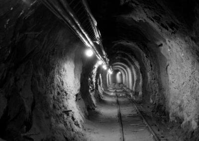 Nagymanyok felhagyott földalatti szénbánya vágat